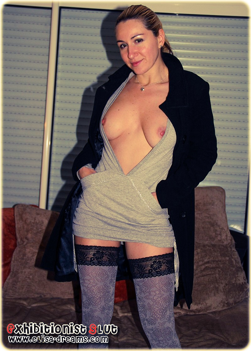 Ma femme ultra sexy s'exhibant chez son amant