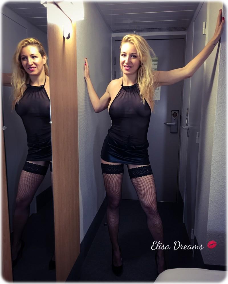 Sexy Hotwife pour son deuxième rendez-vous