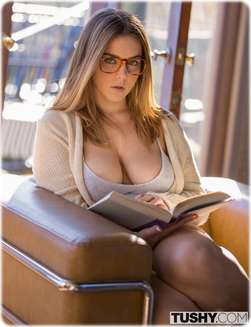 Sexy Natasha Nice
