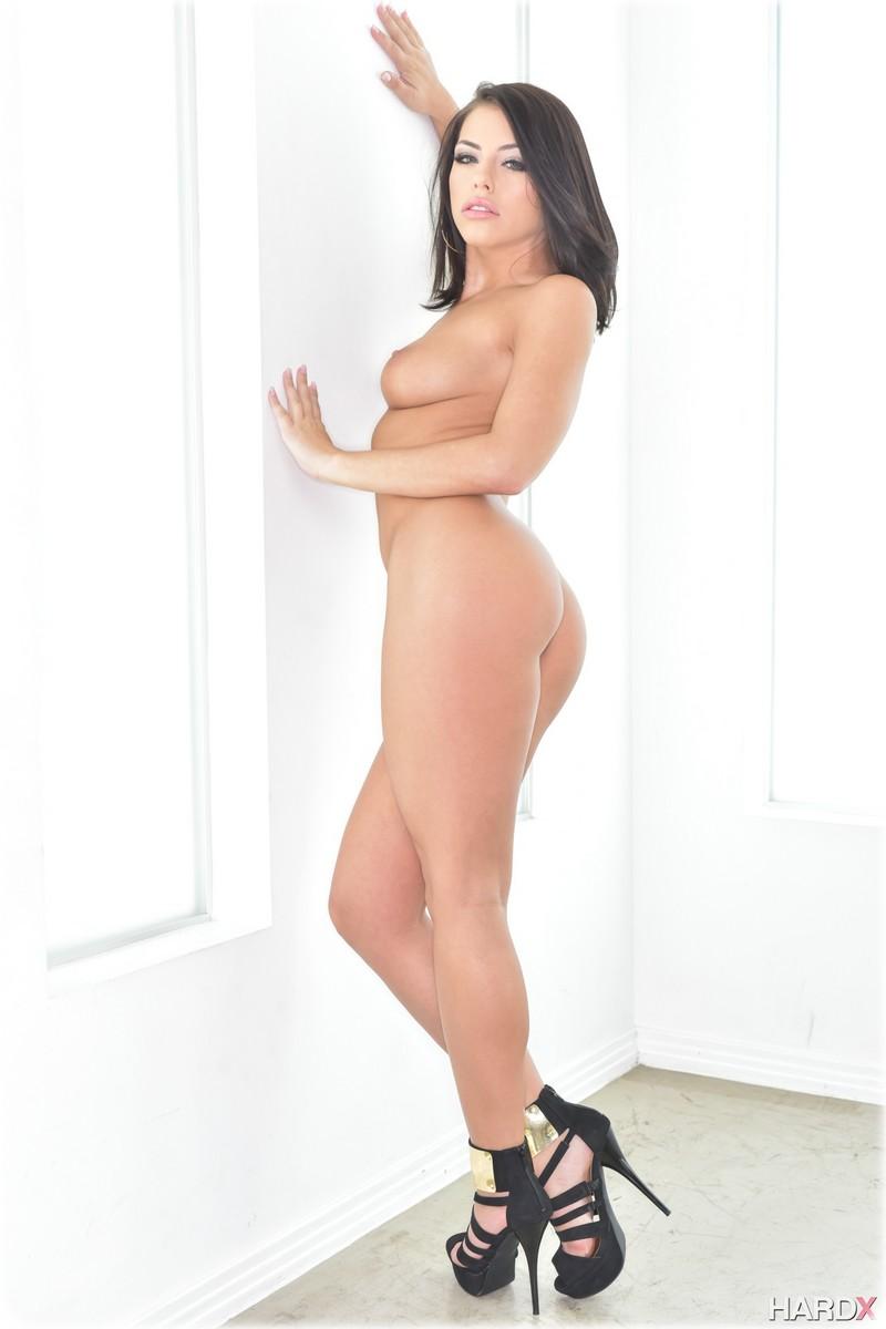 Magnifique Adriana nue